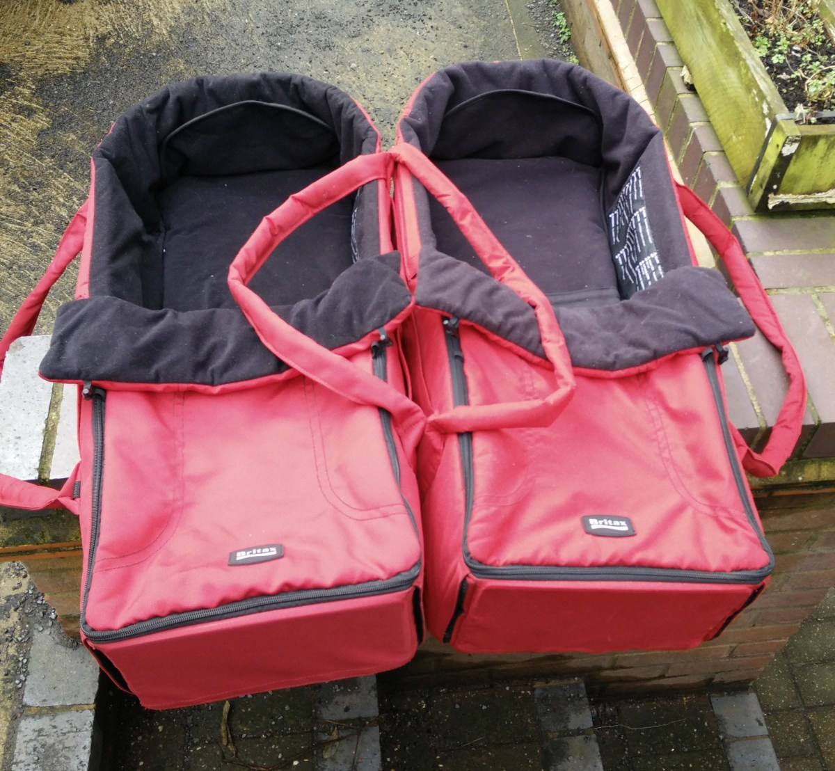 For Sale: 2 x Brittax B-Smart soft carry cots