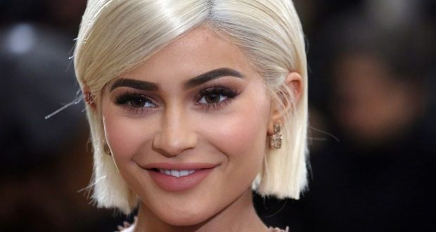 More than  1bn wiped off Snapchat s value after Kylie Jenner diss Kylie Jenner says she doesn t open Snapchat anymore