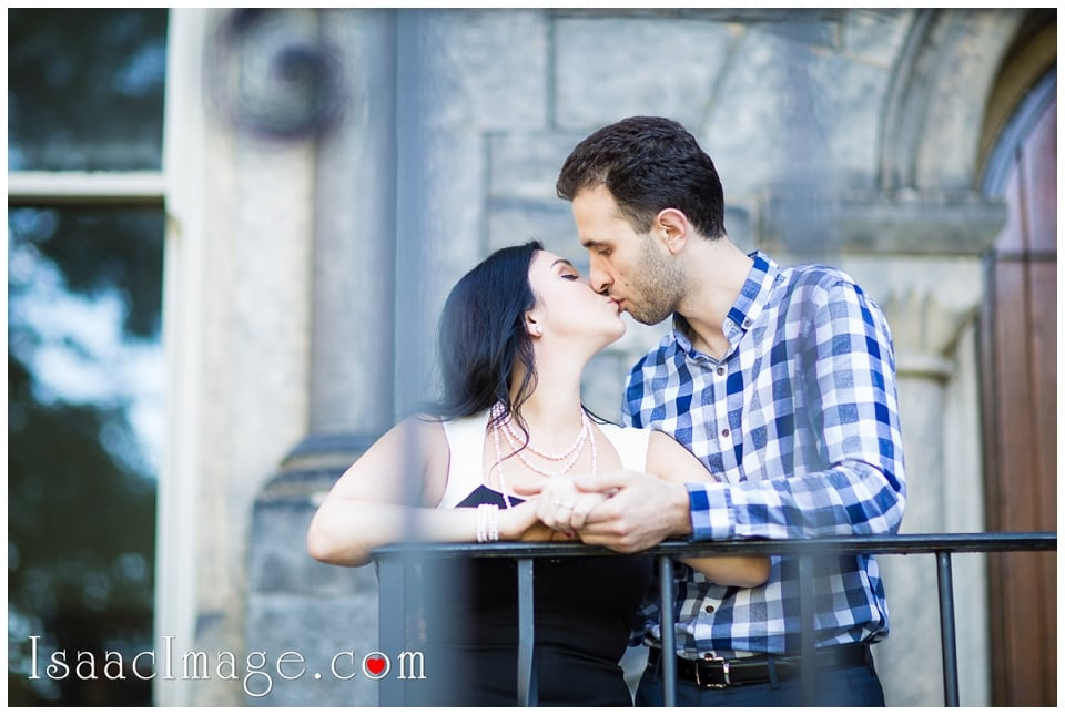 University of Toronto engagement session_9464.jpg