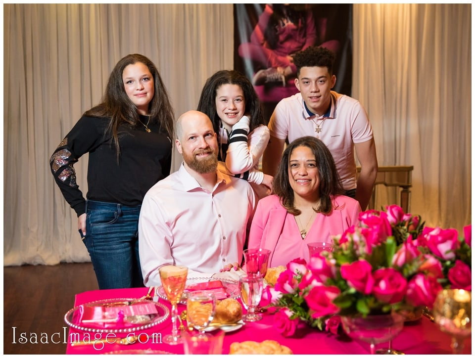 Richmond Hill Country Club Pink Shabbat Dinner_4430.jpg
