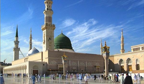 masjid-al-nabawi-mosque-medina-madina