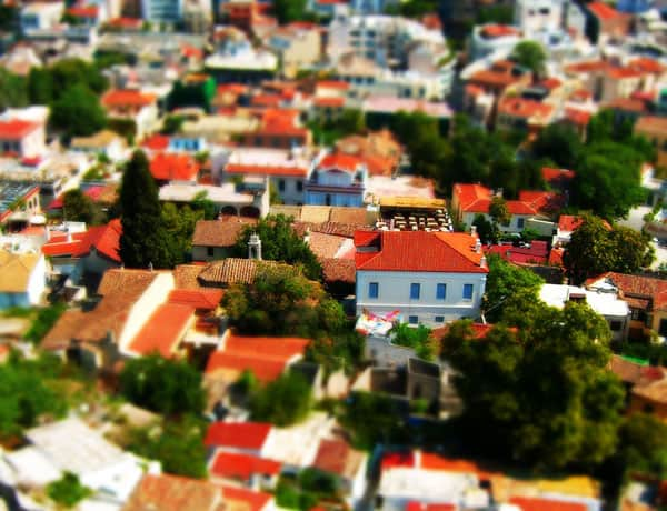 Simulated tilt-shift