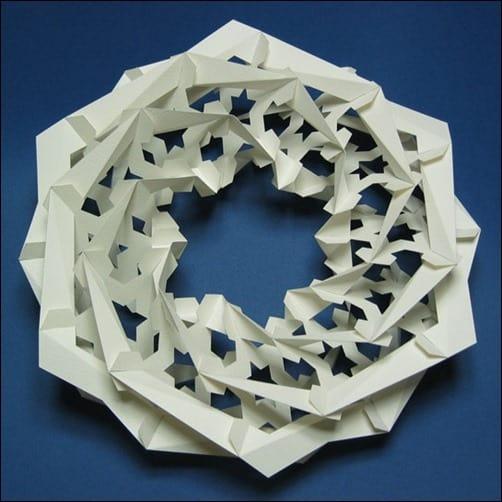 Wreath-of-Snow-paper-arts