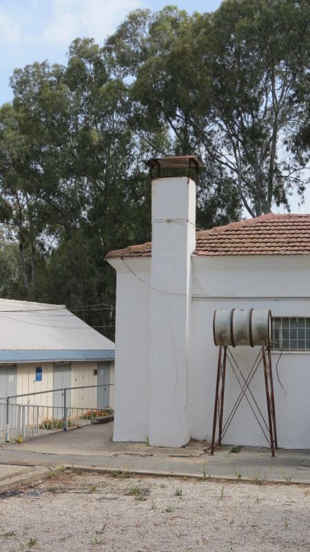 Ayalon Institute - factory vent next to washing machine boiler