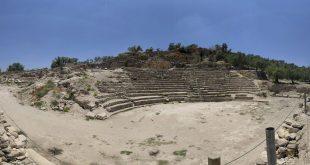 Roman Theater in Sebastia Jordanian archaeologists had also restored the Roman theater near the town Photo: Archipeleg