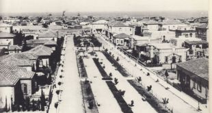Rothschild Boulevard in 1913