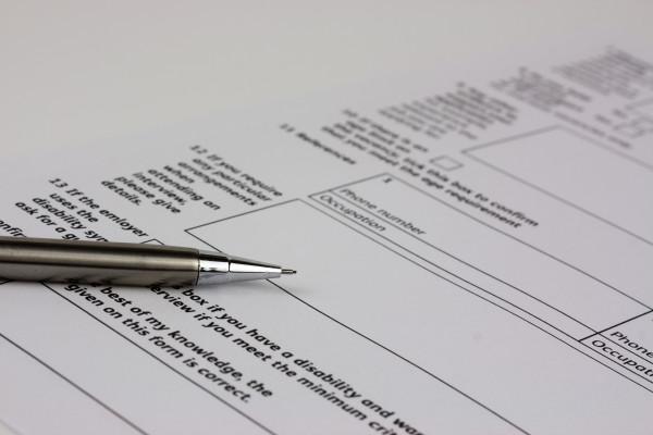 Stai facendo l'application per la UK residence? Leggi qui