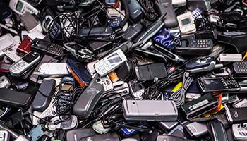 Nuove regole per buttare i rifiuti elettrici