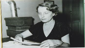 """Fausta Cialente: il destino di una scrittrice """"straniera dappertutto"""""""