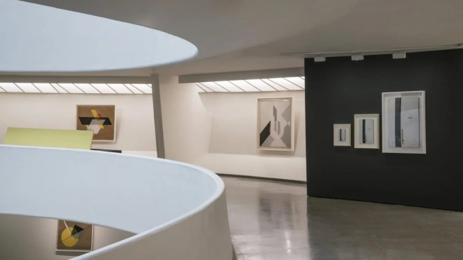 (Image 1) Installation view: Moholy-Nagy: Future Present, Solomon R. Guggenheim Museum, New York, May 27-September 7, 2016. Photo: David Heald © Solomon R. Guggenheim Foundation
