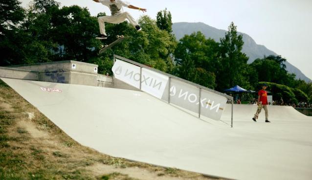 Giuseppe Cola Kick Flip