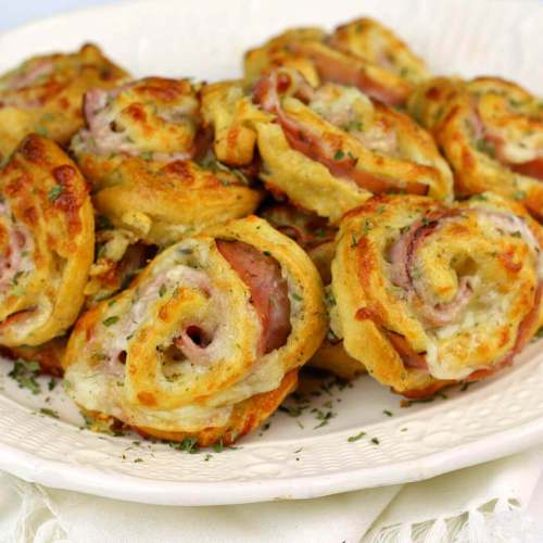 Sleek Cheese Pinwheels A Party Or An Easy Meal Sq Ham Italian Ham Cheese Pinwheels Cheese Pinwheels This Easy Recipe Is Crescent Rolls Ham Worcestershire Sauce
