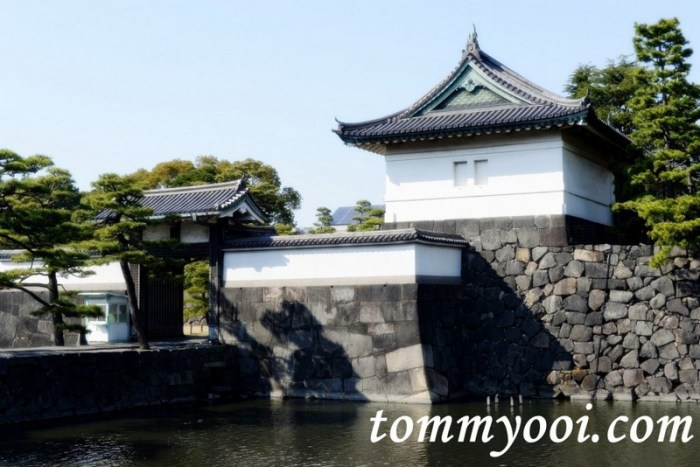15 must visit tokyo attractions & travel guide - 4. Imperial Palace & East Garden