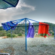 Hanging the Towels to Dry | Κρεμασμένες Πετσέτες