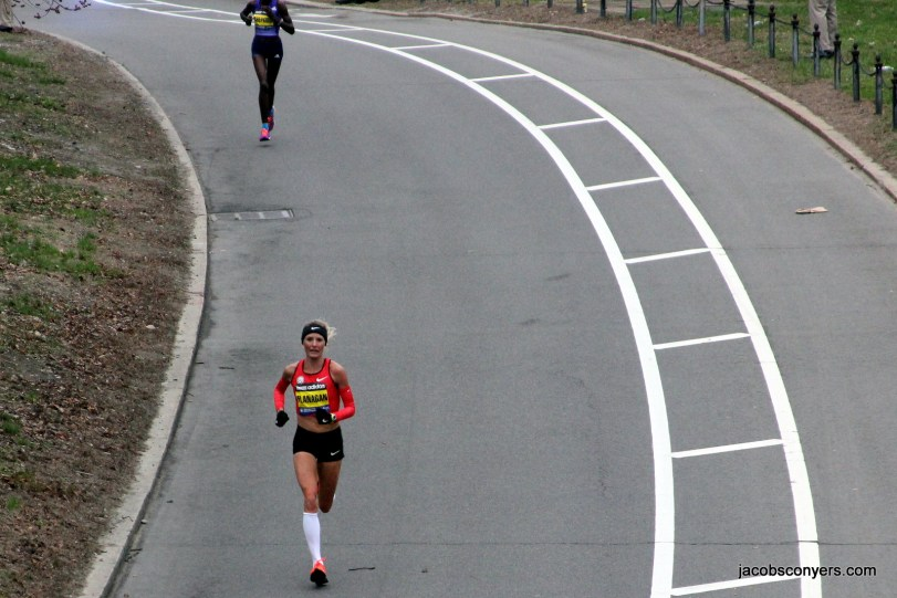 Shalane Flanagan, hometown favorite and hungry for a win, had a bad day.