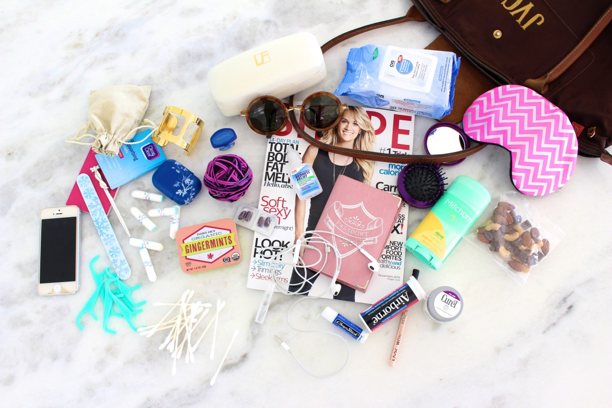 29 Items Every Girl Must Have in Her Carry-On