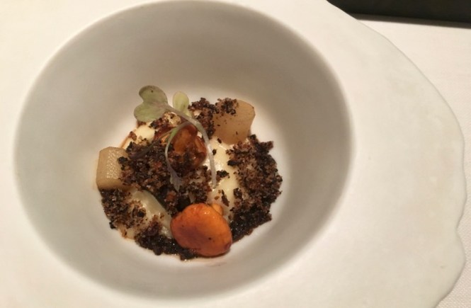 Jordi Artal demonstrates that Catalan cuisine is more than just tapas at his family owned and run Barcelona Michelin star restaurant, Cinc Sentits.