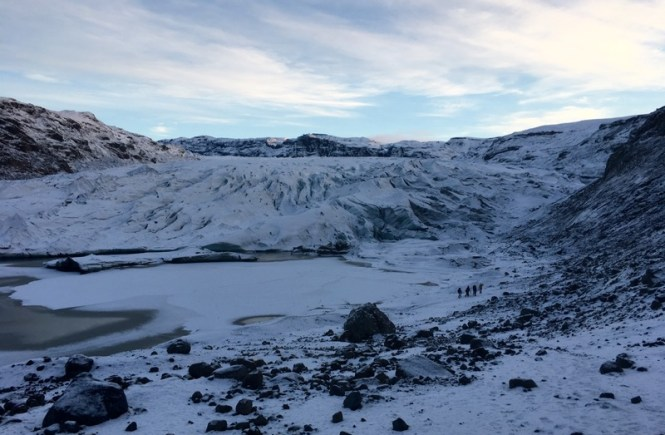 Going to Iceland without going glacier hiking is like going to Cancún without going to the beach - you've just gotta do it! #Iceland #Glaciers