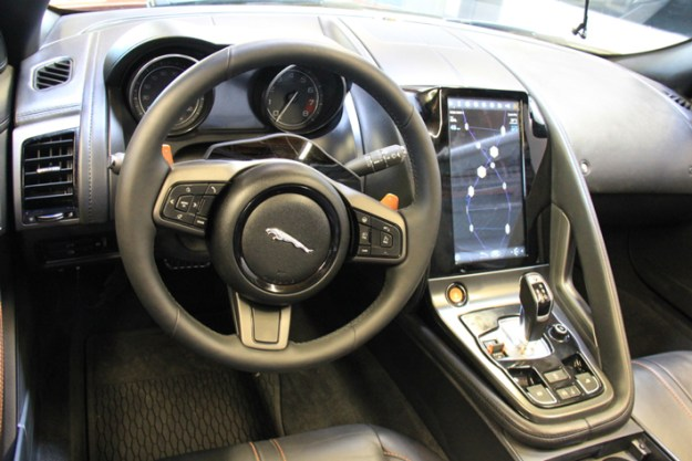 jaguar_infotainment_f_type