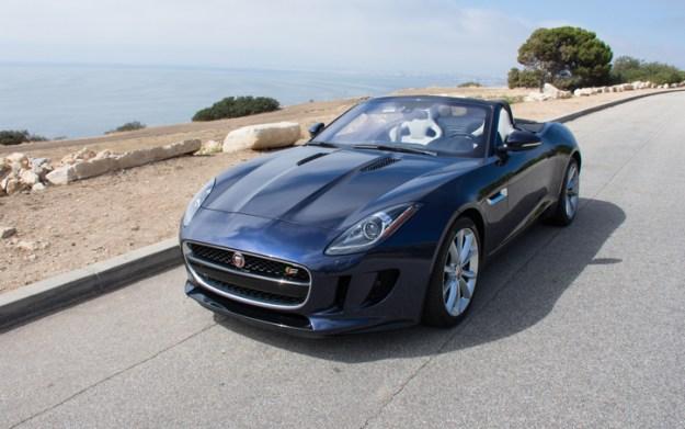 2017-Jaguar-F-Type-S-Convertible-2