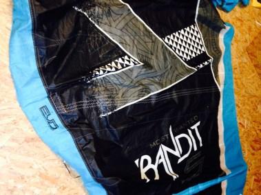 Fone bandit réparé aile de kitesurf