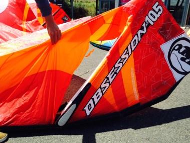 OBSESSION ROUGE AVANT - j'ai cassé ma voile .com - réparation aile de kitesurf windsurf voilerie brest