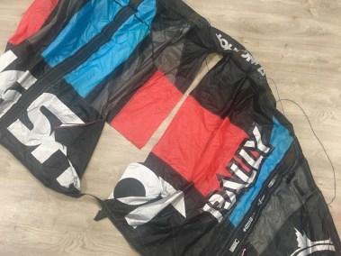 Voilerie J'ai cassé ma voile brest - réparation aile de kitesurf Slingshot rally spi déchirée