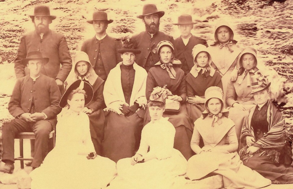Close-up of Climenhegg [?] reunion photo (c1900)