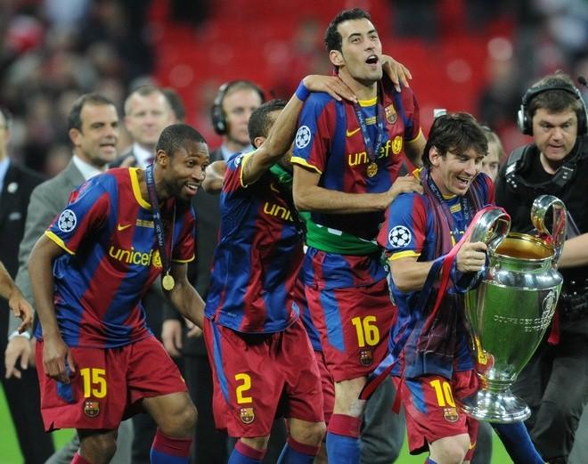 Barcelonalı futbolcular Fifa 15 turnuvası yaptılar