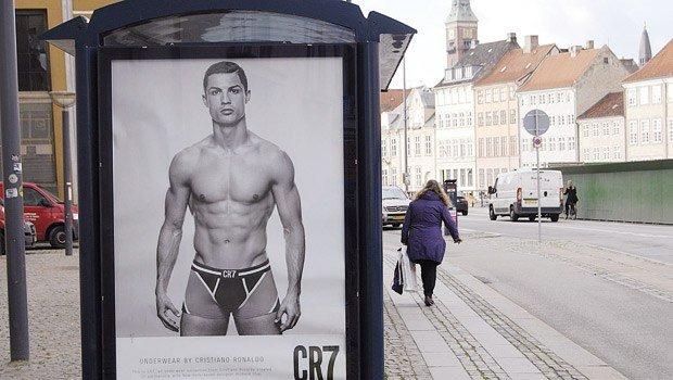 Cristiano Ronaldo iç çamaşırları 1 yaşında