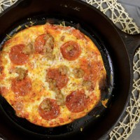 Cast Iron Pizza from www.jasonscooking.com