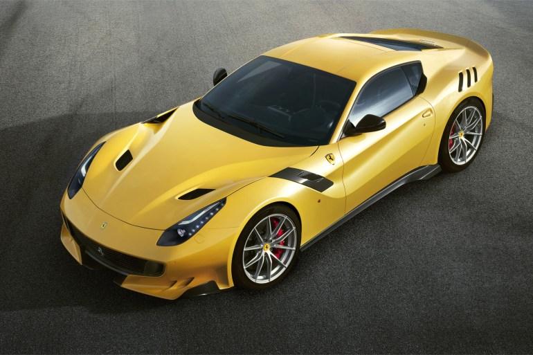 Nieuwe Ferrari F12 TdF Slide 4