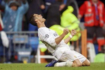 Selebrasi dari Cristiano Ronaldo Merayakan Goal Atas Wolfburg 2016