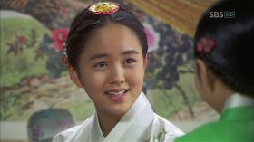 "Kim So Hyun in K-Drama ""Rooftop Prince"""