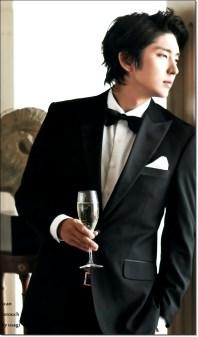 Lee Joon Ki Wearing a Suit