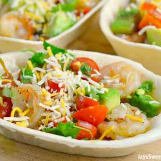 garlic-butter-shrimp-taco-boats-3