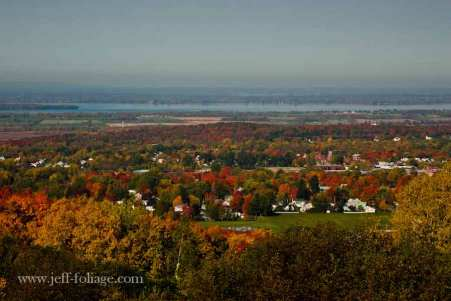 Lake-Champlain-fall-color