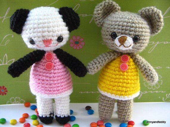 Amigurumi Little Teddy Bear : Free amigurumi pattern two little teddy bears Amanda and Annie