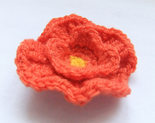 51. simple easy poppy flower crochet pattern