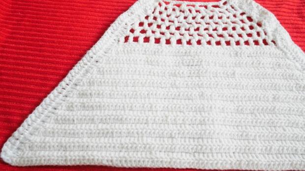 Easy Summer Crop Top Free Crochet Pattern