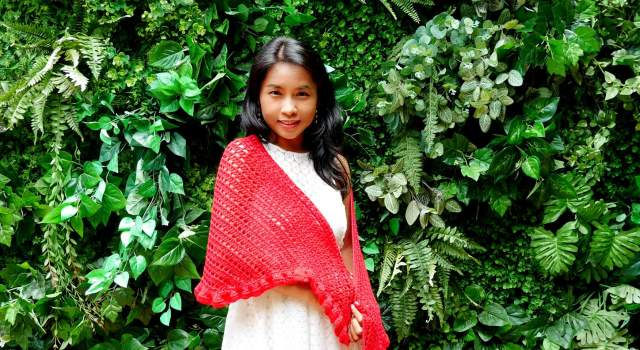 date night raffle shawl free crochet pattern