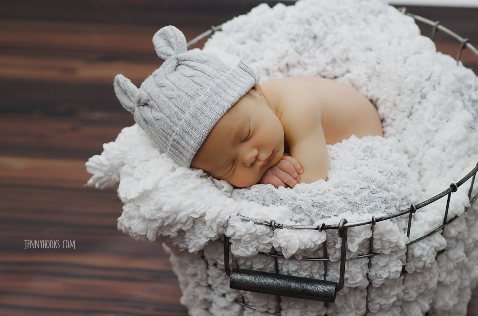 Newborn Baby R | Columbus Ohio Newborn Photographer