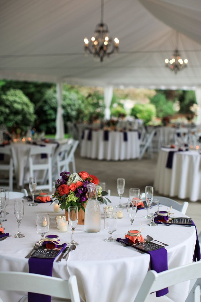 Laurel Creek Manor Reception || flowers by Jen's Blossoms || photo by Kate Price Photography