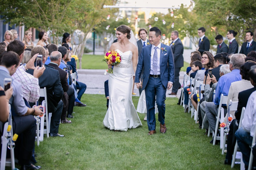 Union Station Tacoma Wedding || Photo: Genesa Richards Photography ||Just Married!