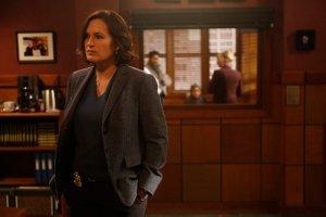 Mariska Hargity portrays Olivia Benson, who this season replaces Captian Donald Cragan.