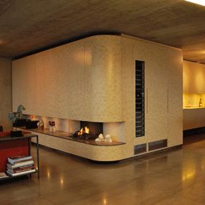Kastenwanden en kookeiland in penthouse