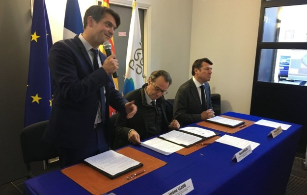 Signature du Contrat Régional d'Equilibre Territorial 01