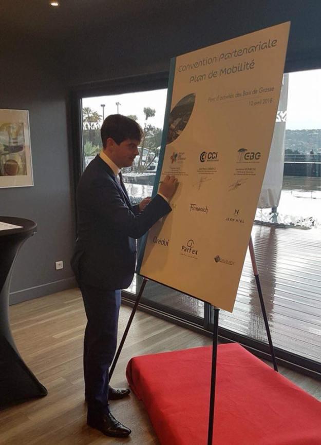 Signature de la Convention du Plan de Mobilité du Parc d'Activités des Bois de Grasse 02
