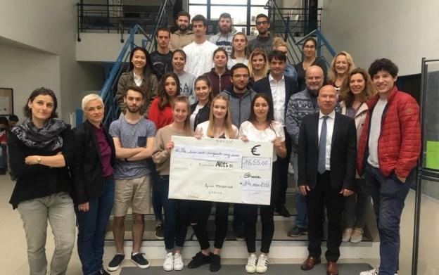 1655 euros récoltés pour l'association AIDES06 01