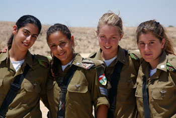 IDF-Women-Soldiers-010612